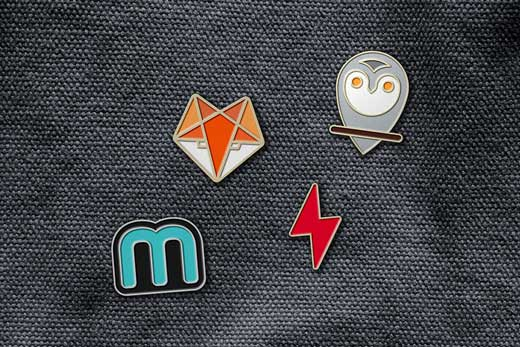 enamel-pin-badge-mockr-preview-9